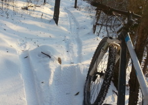 packed snowy singletrack at Lebanon Hills