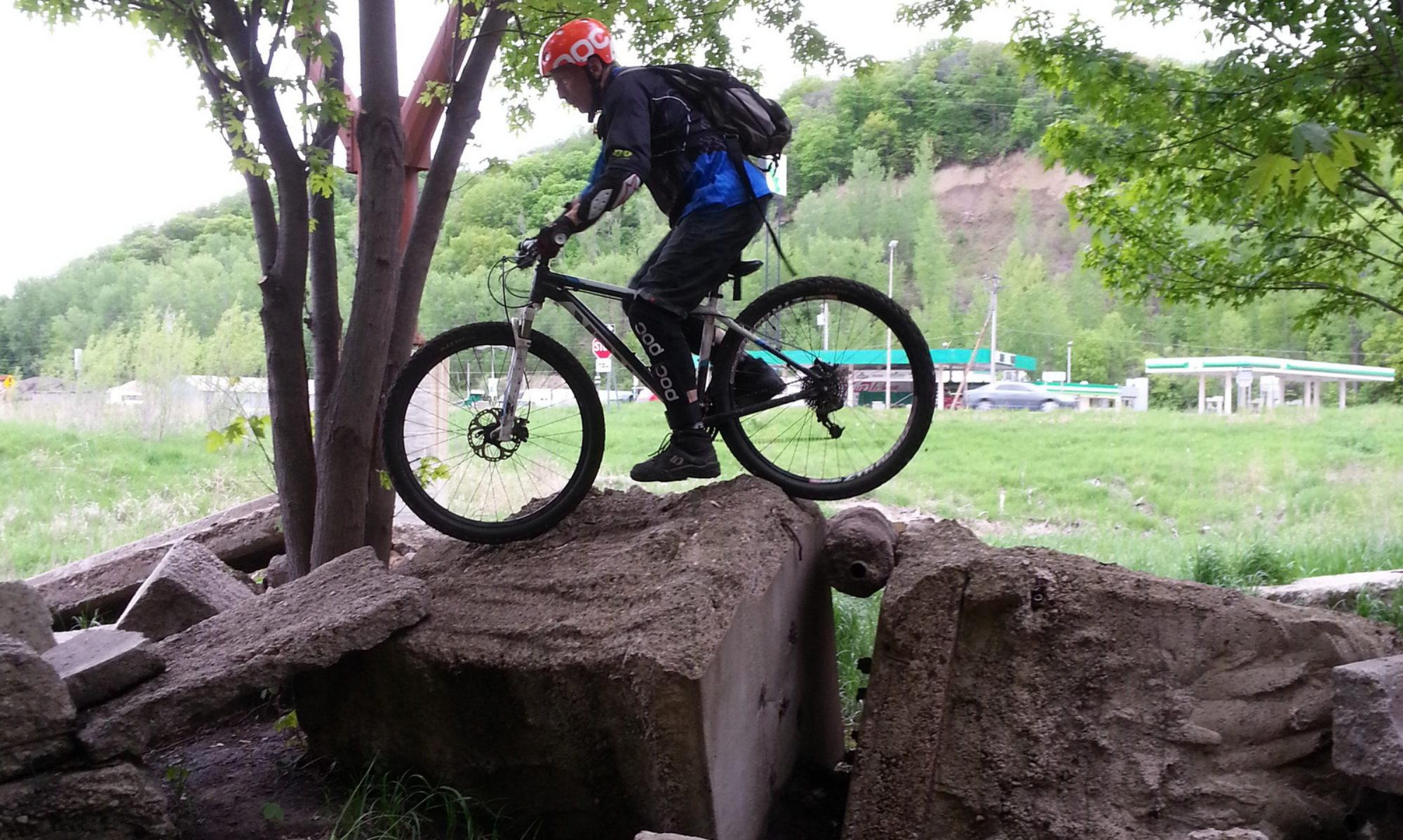 d2ef7d53e About - Mountain Bike Geezer